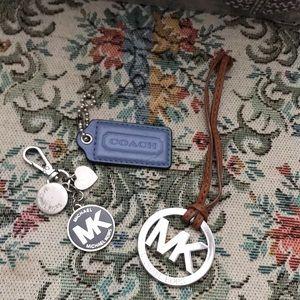 Price70%off Michael Kors&Coach medallions keychain
